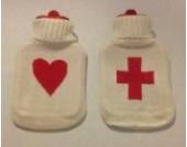 1 Liter Wärmflasche Weiß mit Herz oder Kreuz | Wärmflaschen Schwangerschaft Körnerkissen Farbe Herz