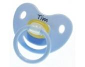 3 Stk. Namensschnuller TIM / Größe 1 (0-6 Monate) / Kieferform / Latex / farblich sortiert (hellblau / grün / blau)